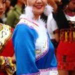 Traje Tradicional de la Etnia HeZhen