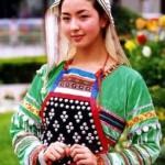Traje Tradicional de la Etnia JiNuo