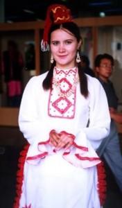 Traje Tradicional de la Etnia TaTaEr
