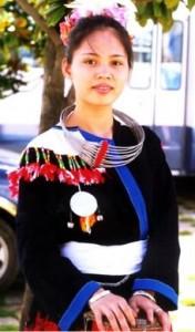 Traje Tradicional de la Etnia Yao